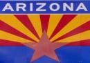 Il governatore dell'Arizona firma la legge sull'immigrazione