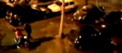 Picchiato dalla polizia, che lo credeva un ultrà