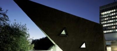 Architettura terapeutica o vanitosa?