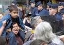 La Francia espellerà gli abitanti di 300 campi rom