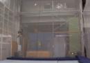 Robot volanti che giocano con le palline