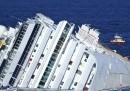 Costa Concordia, le nuove foto di mercoledì