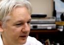 La prima puntata del talk show di Julian Assange