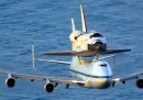 Come si mette uno Shuttle sopra un Boeing