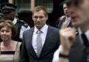 Il poliziotto accusato della morte al G20 di Londra è stato assolto