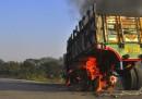 42 morti negli scontri in Bangladesh