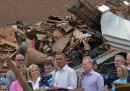 Obama in Oklahoma dopo il tornado