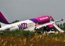 Le foto dell'atterraggio di emergenza a Fiumicino, sabato mattina