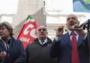 Lavoro, al via corteo a Roma: Cgil, Cisl e Uil insieme dopo 10 anni