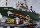 Russia, blitz guardia costiera su nave Greenpeace nell'Artico