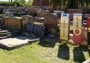 Sculture al cimitero - foto