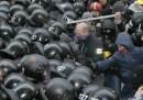 Un altro giorno di proteste in Ucraina