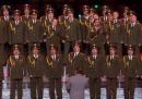 """Il Coro della Polizia Russa canta """"Get Lucky"""""""