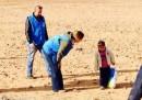 La bufala del bambino siriano nel deserto