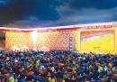 L'assurda iniziativa che riempirà di divani uno stadio di Berlino
