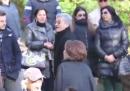 Massimo D'Alema costretto ad andarsene dalla camera ardente di Pino Daniele