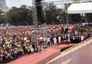 La grande messa del Papa a Manila