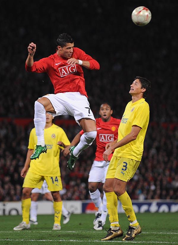Manchester United v Villareal - UEFA Champions League