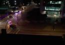 La sparatoria alla sede della polizia di Dallas