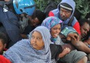 Le foto dei migranti bloccati a Ventimiglia