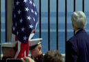 La bandiera statunitense issata all'Avana