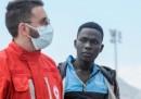 Le foto dei 548 migranti arrivati a Palermo