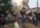 Almeno 88 persone sono morte per un'esplosione in India