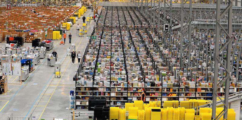 Amazon Fara Anche I Vestiti Il Post