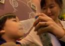 Le bottigliette di aria pulita vendute in Cina