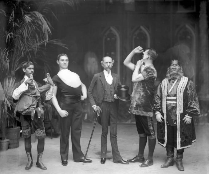circo-barnum-freaks