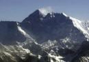 La Cina ha chiuso ai turisti il campo base dell'Everest in Tibet
