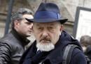 La procura di Firenze ha chiesto il rinvio a giudizio per Tiziano Renzi e Laura Bovoli, genitori di Matteo Renzi, per un caso di false fatture