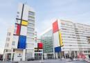Il municipio dell'Aia ora sembra un quadro di Mondrian