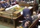"""Un deputato inglese ha fatto la """"dab dance"""" in Parlamento"""