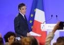 François Fillon è indagato, ma non si ritira