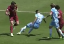 Il rigore inesistente fischiato durante Roma-Lazio