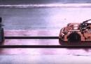 Come esplode una Porsche (di Lego)