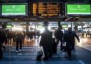 Lo sciopero di venerdì 16 dei trasporti: riguarda metro, treni e aerei