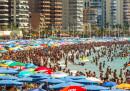 Gli albergatori spagnoli hanno un problema: quelli che fingono il mal di pancia