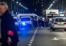 A Bruxelles un uomo ha aggredito due soldati con un coltello
