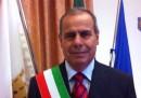 Il sindaco di Torre del Greco, in provincia di Napoli, è stato arrestato per corruzione