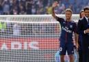 Le foto della presentazione di Neymar nello stadio del Paris Saint-Germain