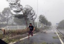 Le foto dei danni del tifone Hato, nel sud della Cina
