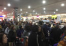 Molti aeroporti in tutto il mondo hanno accumulato ritardi ai check in per un problema a un software