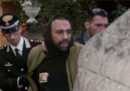 Il gip di Roma ha confermato l'arresto di Roberto Spada, l'uomo che ha picchiato un giornalista della RAI a Ostia