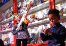 La Chiesa anglicana dice che i bambini maschi dovrebbero essere liberi di indossare tacchi e tutù