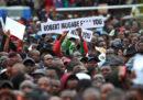 In Zimbabwe migliaia di persone stanno partecipando a una manifestazione per chiedere le dimissioni di Mugabe