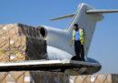I primi aerei con aiuti umanitari sono atterrati in Yemen dopo un blocco di tre settimane imposto dalla coalizione guidata dall'Arabia Saudita