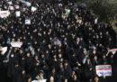 Almeno 200 persone sono state arrestate per le proteste di ieri a Teheran, in Iran