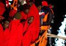 Stanotte sono state soccorse 255 persone a bordo di tre barconi nel mar Mediterraneo